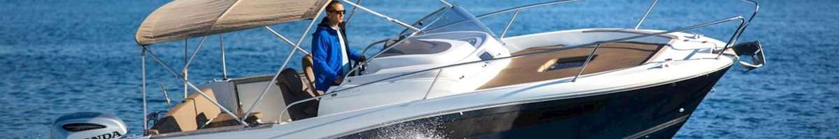 Cap Camarat 755 Speed boat for private excursion or charter in Dubrovnik