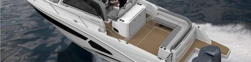 Jeanneau Cap Camarat 10.5 WA Speed boat for private excursion or charter in Split