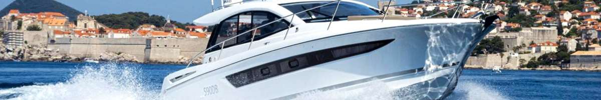 Leader 10 Speed boat for private excursion or charter in Dubrovnik