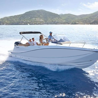 Dubrovnik : Yacht charter:Quick Silver 675