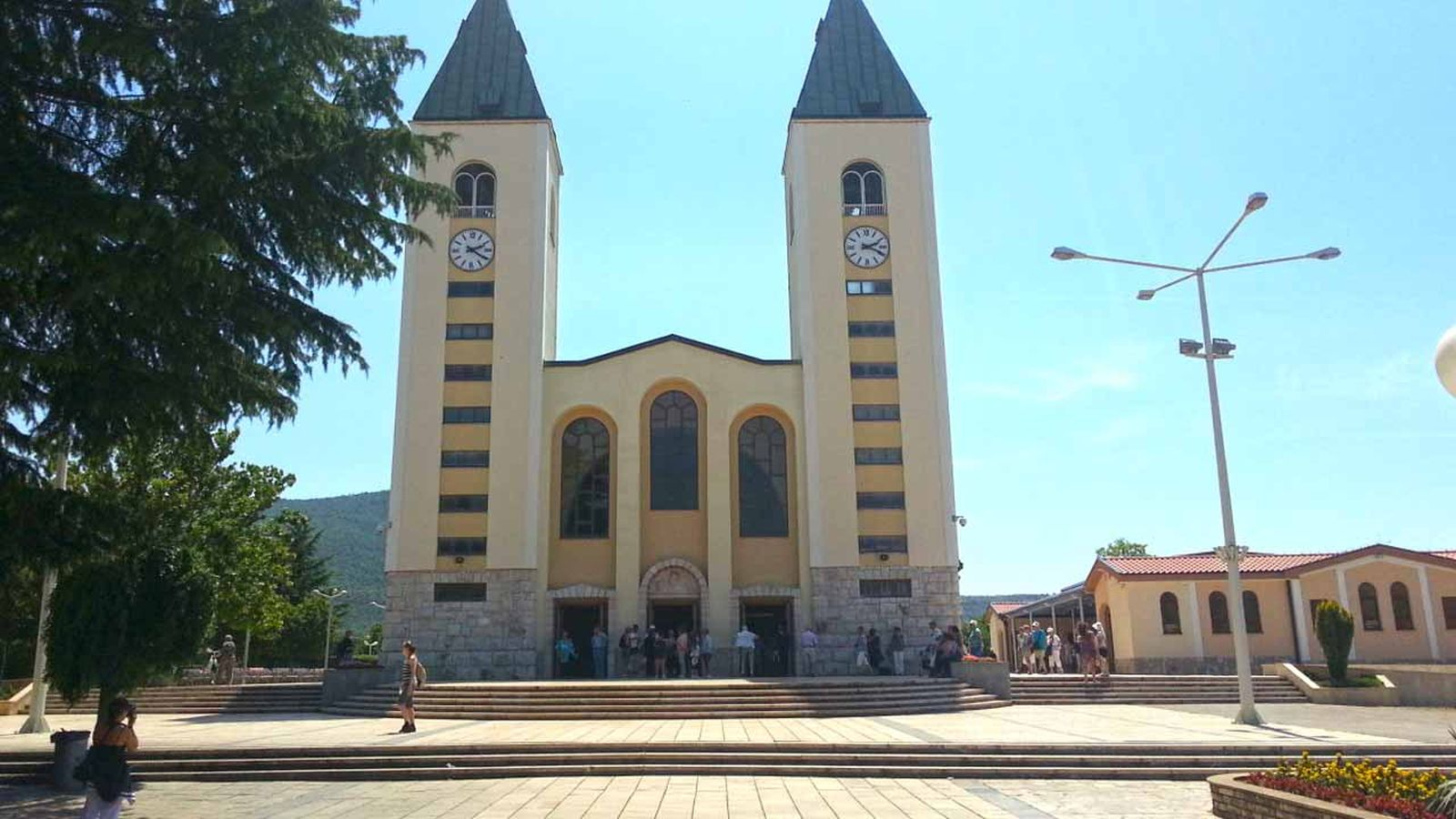 -images-excursions-clash-of-cultures-4-a-medjugorje-church.jpg