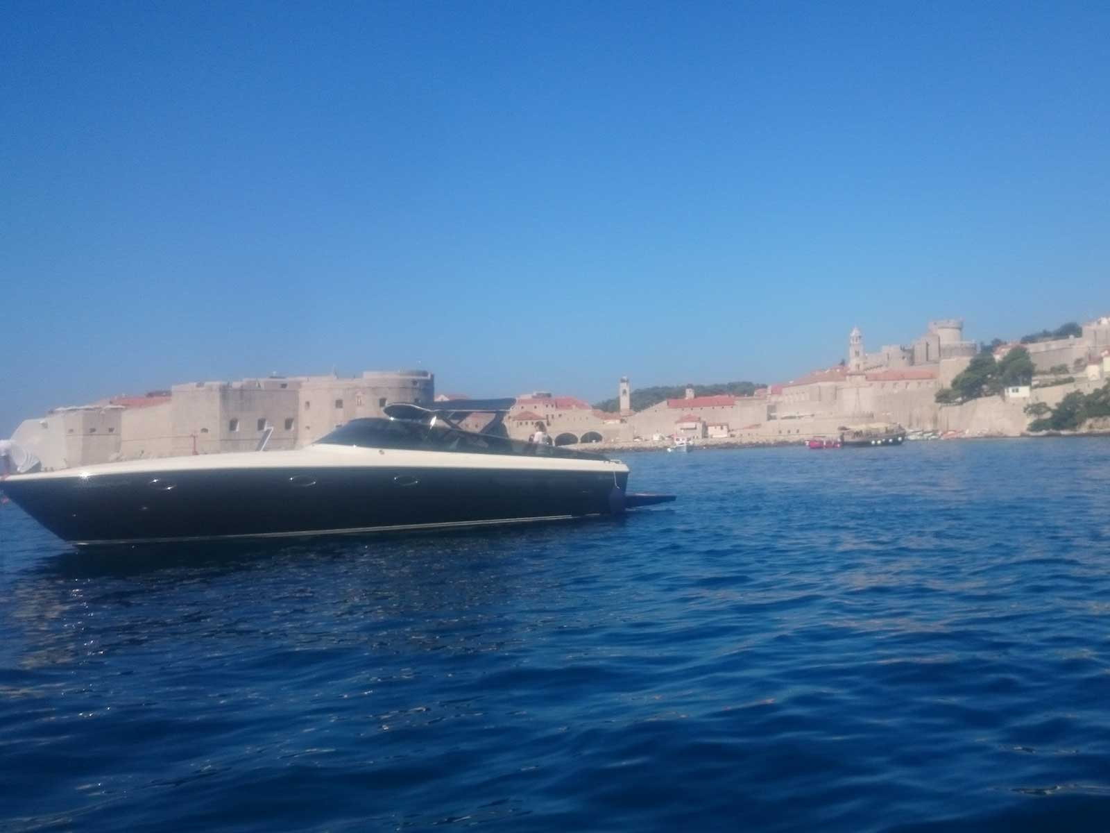 -images-excursions-elaphite-islands-speed-boat-excursion--a-luxury-yacht-itama-40-day-charter-dubrovnik.jpg