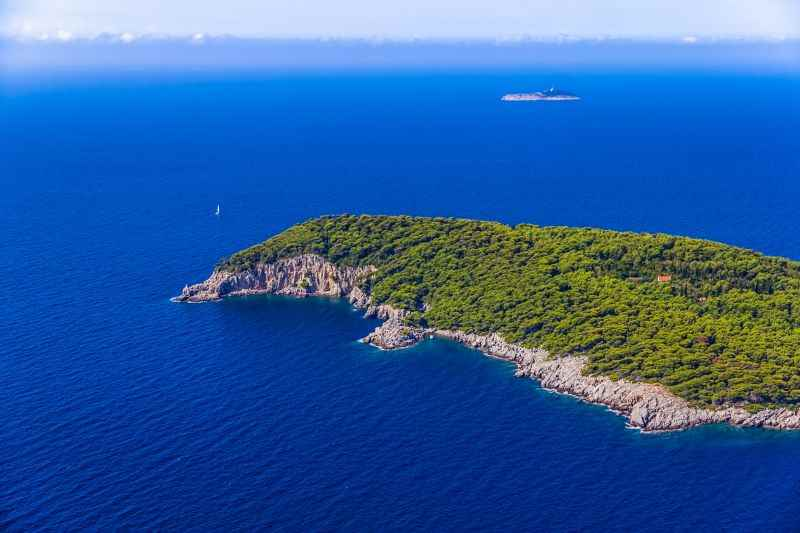 Private excursion from Dubrovnik with private speed boat or yacht to Elaphite Islands