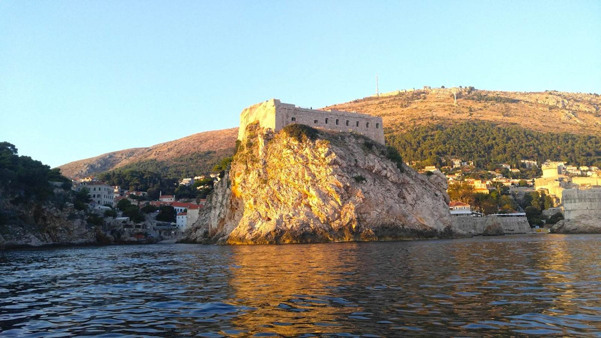 zy-02-private-boat-tour-dubrovnik-elafiti