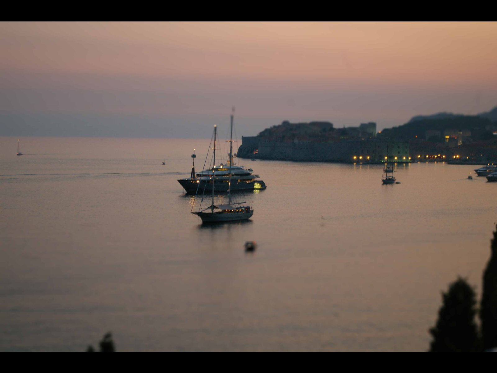 -images-excursions-sunset-panorama-dubrovnik-sunset-panorama-2.jpg