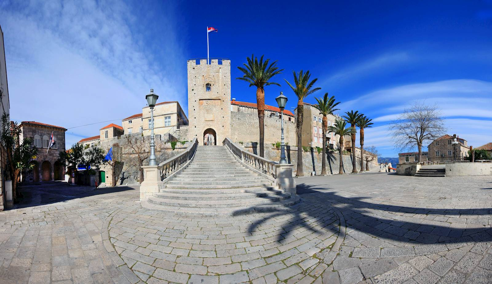 -images-excursions-town-of-marco-polo--b-korcula-revelin.jpg