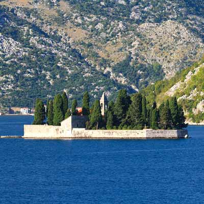 Montenegro, state in  Southeastern Europe, border with Dubrovnik