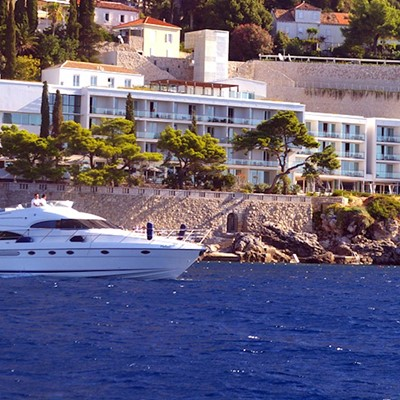 Dubrovnik : Yacht charter:Squadron 55