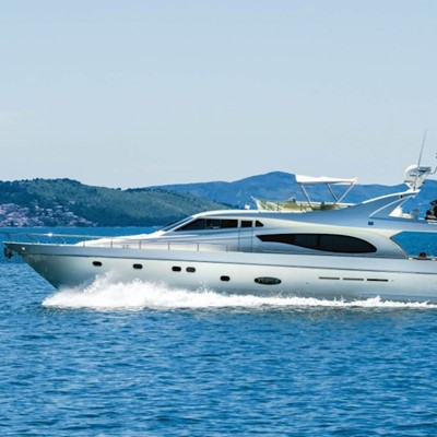 Dubrovnik : Yacht charter:730